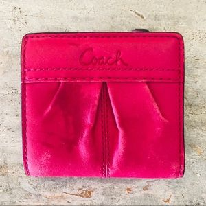 ♥️ Coach ♥️ Pink Leather Wallet